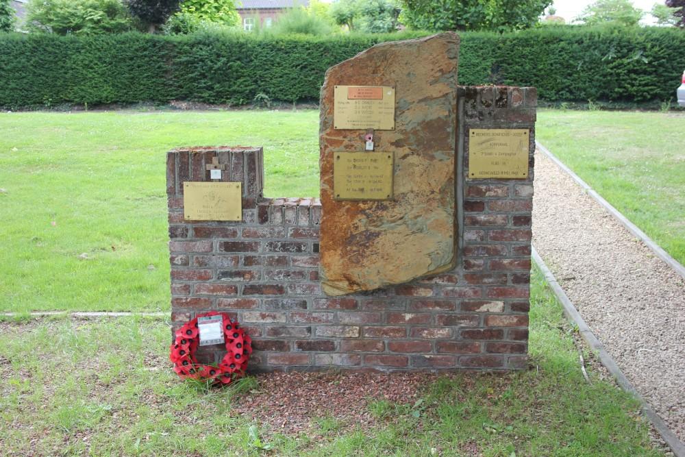 Monument RAF-crashes Blenheim P6911 en Hampden AD859