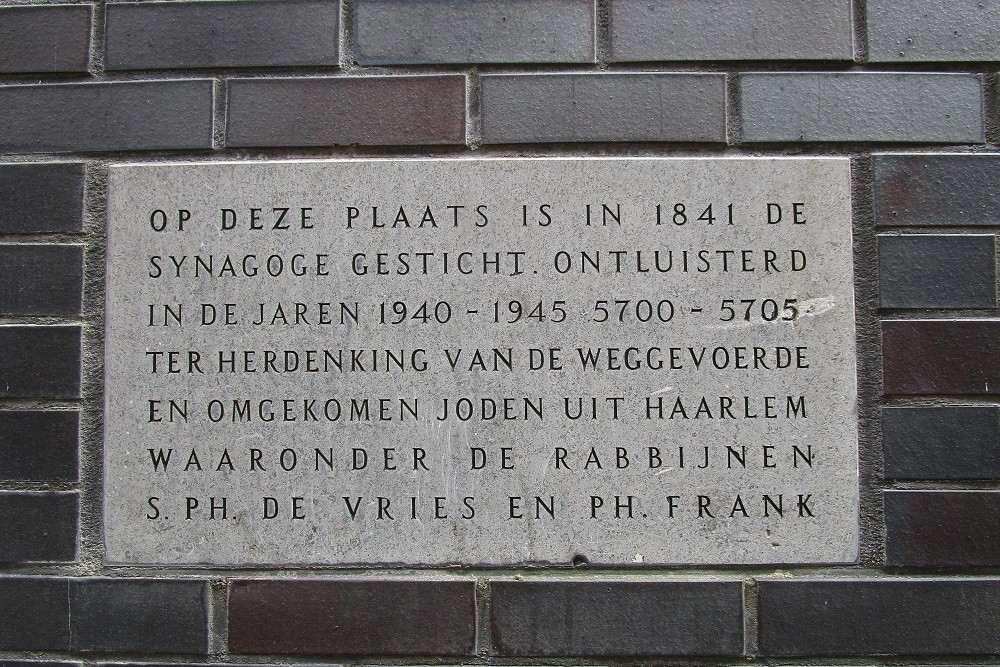 Plaque Deported Jewish Haarlem
