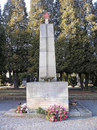 Soviet War Graves Olomouc