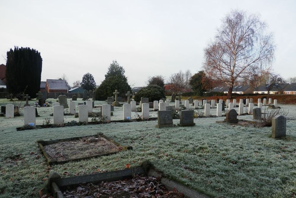 Commonwealth War Graves Catterick Cemetery
