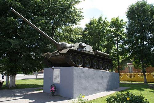 Bevrijdingsmonument (SU-100 Tankjager) Marina Horka