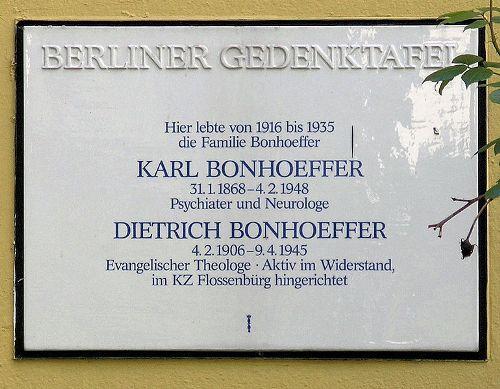 Plaquette Karl en Dietrich Bonhoeffer