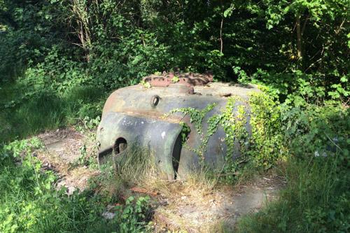Ingebetonneerde M4 Sherman Tank