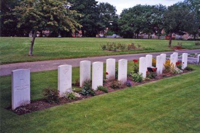 Commonwealth War Graves Longbenton Cemetery