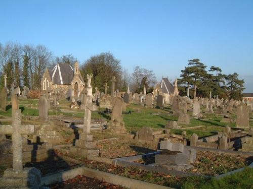 Oorlogsgraven van het Gemenebest Louth Cemetery