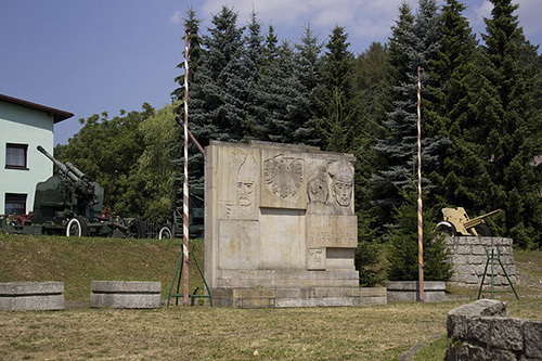 Monument Poolse Volksleger 1945
