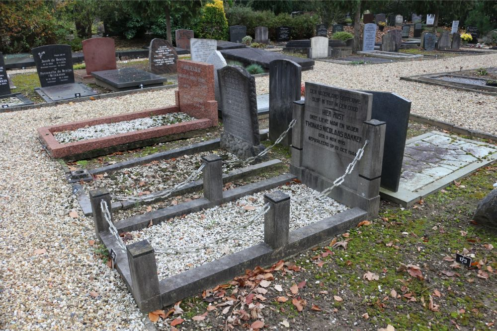 Dutch War Grave Protestant Cemetery De Meern
