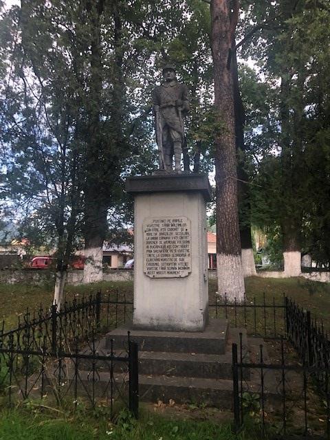 Monument voor de Gesneuvelden Helden van de Tweede Wereldoorlog