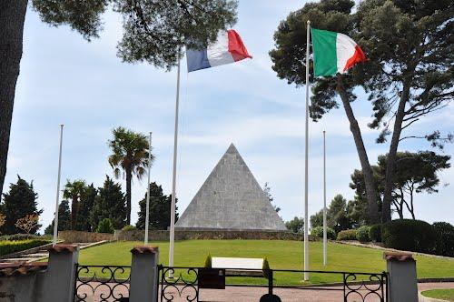 Frans-Italiaanse Oorlogsbegraafplaats St-Mandrier-sur-Mer
