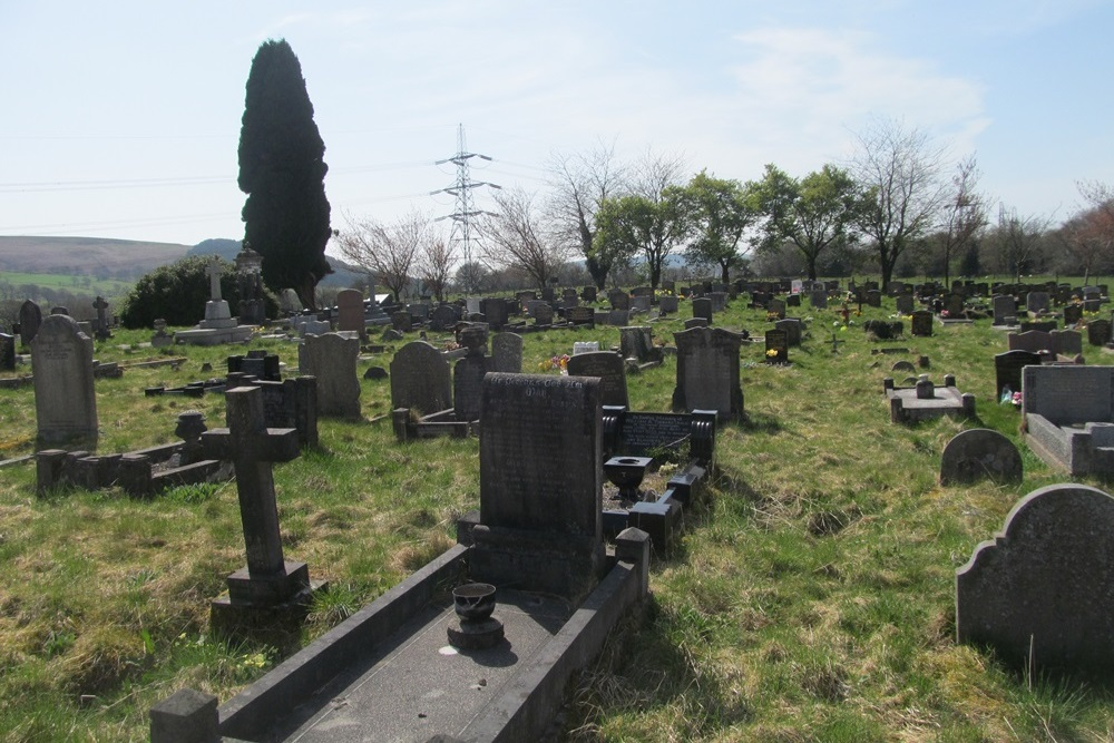 Commonwealth War Graves Llanfabon Cemetery