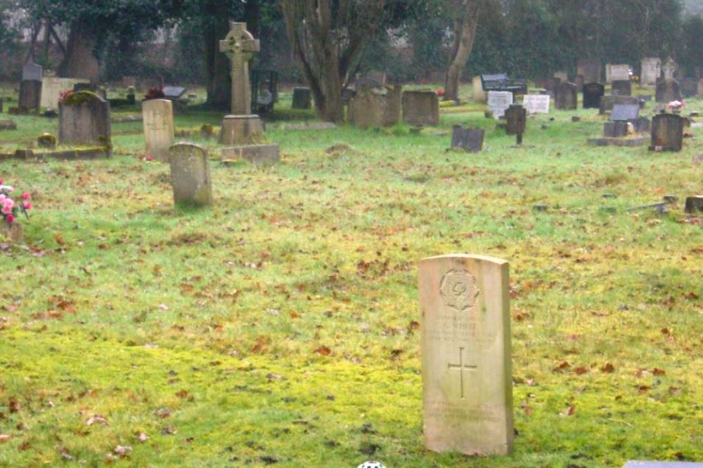Oorlogsgraven van het Gemenebest Larges Lane Cemetery