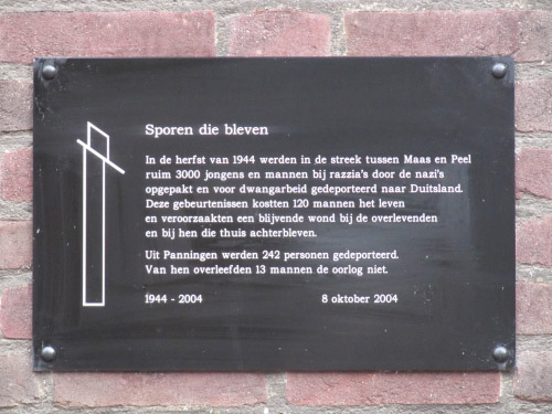 Plaque 'Tracks that Were' Panningen