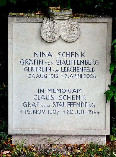 Graf Nina Schenk, Gräfin von Stauffenberg