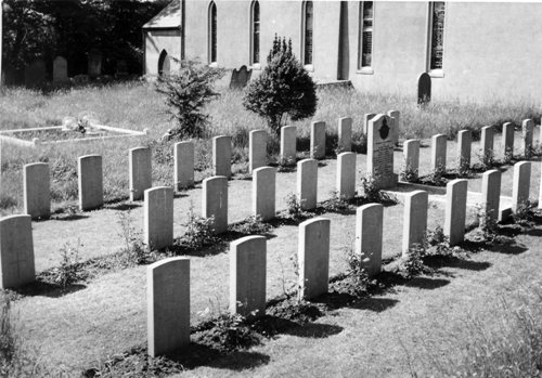 Commonwealth War Graves St Catherine Churchyard