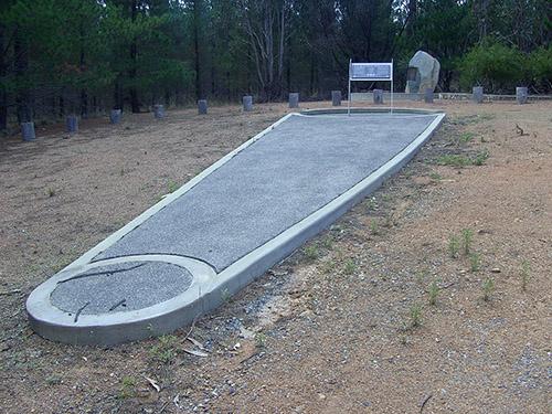 Memorial 1940 Canberra Air Disaster