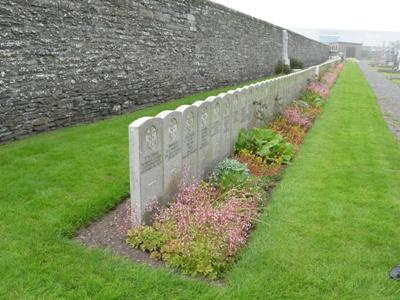 Commonwealth War Graves Wick Cemetery