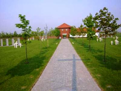 Duitse Oorlogsbegraafplaats Groß Nädlitz