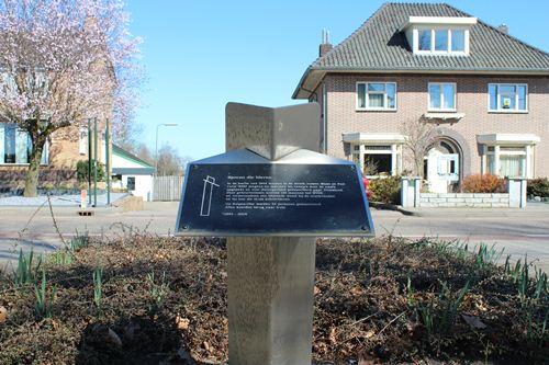 Memorial 'Tracks that were' Kelpen-Oler