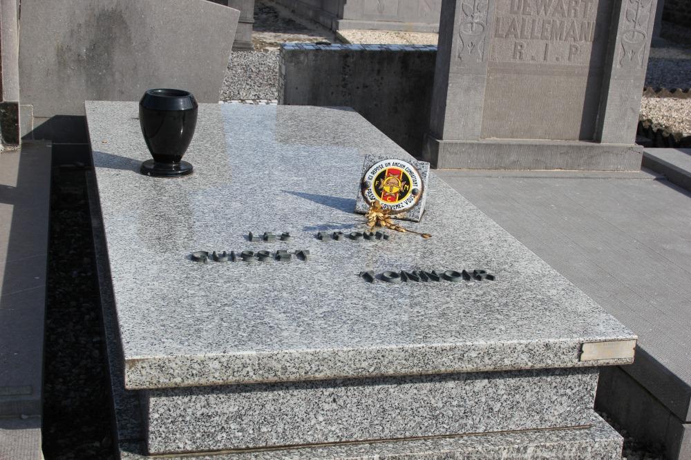 Veteran War Graves Avin