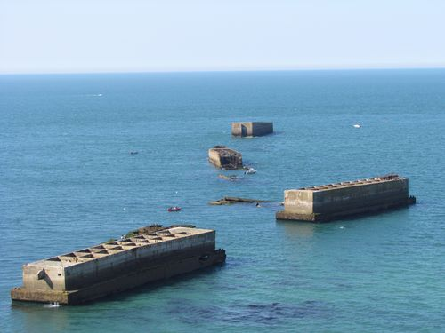 Phoenix Caissons Mulberry B Tracy-sur-Mer