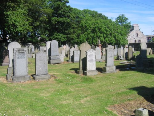 Commonwealth War Graves John Knox's Churchyard