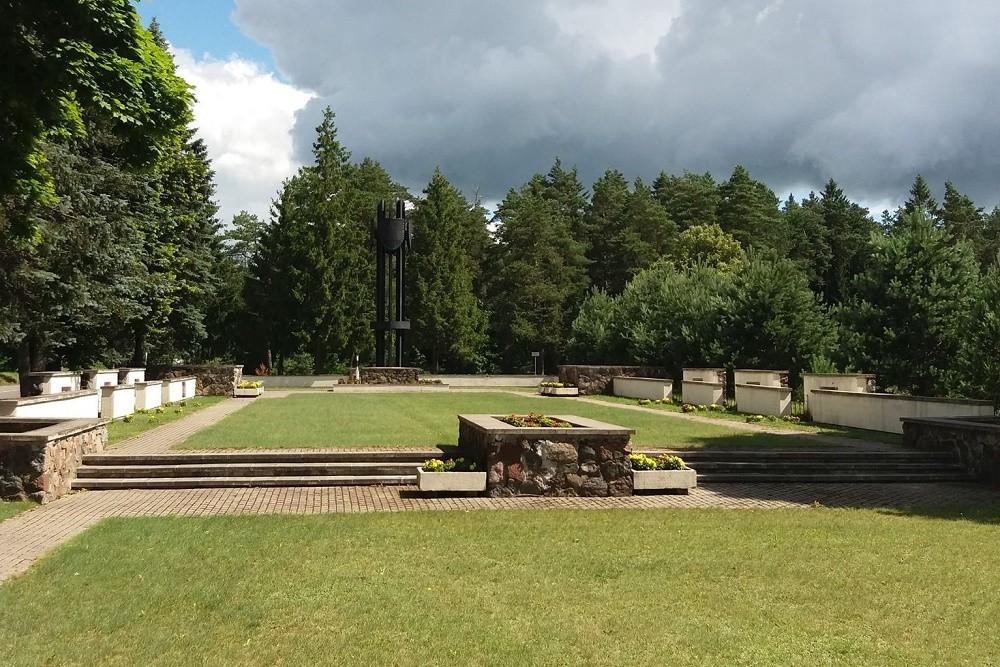 Sovjet Oorlogsbegraafplaats Šilalė