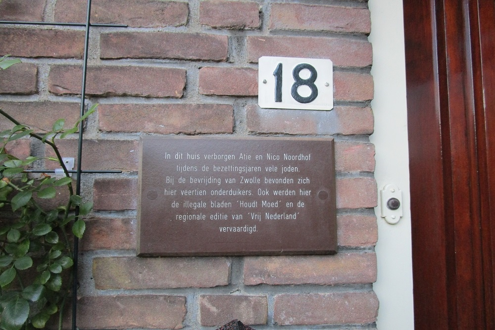 Plaque P.C. Hooftstraat 18