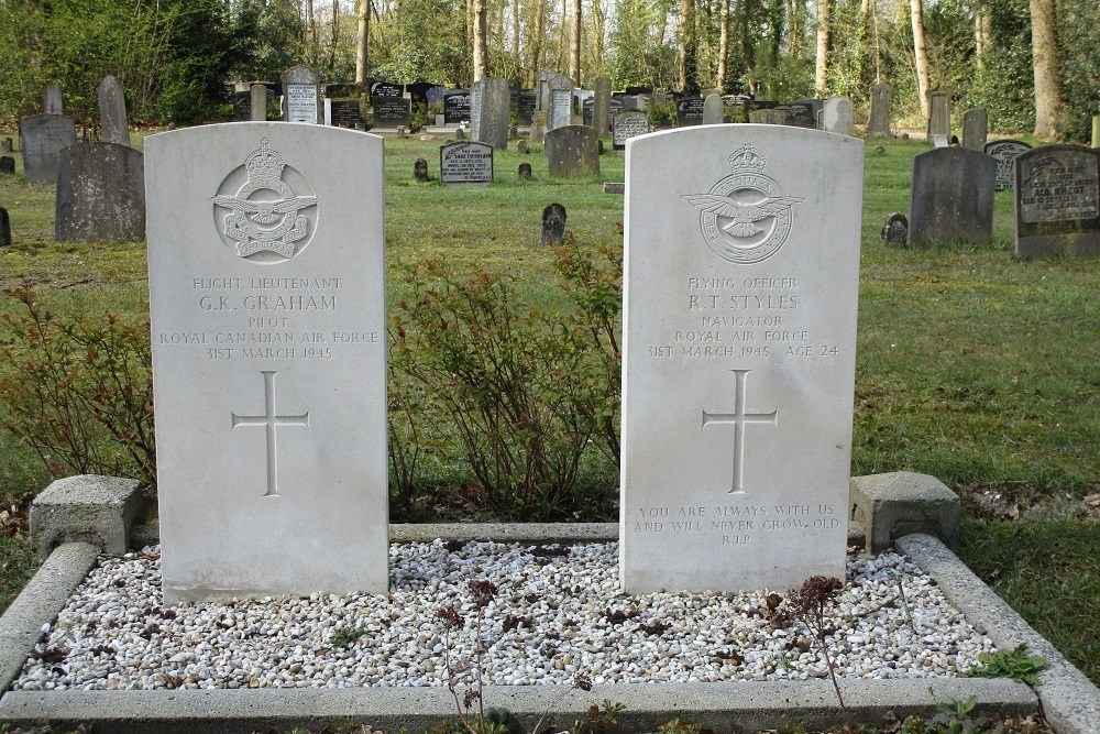 Commonwealth War Graves Municipal Cemetery Hollandscheveld