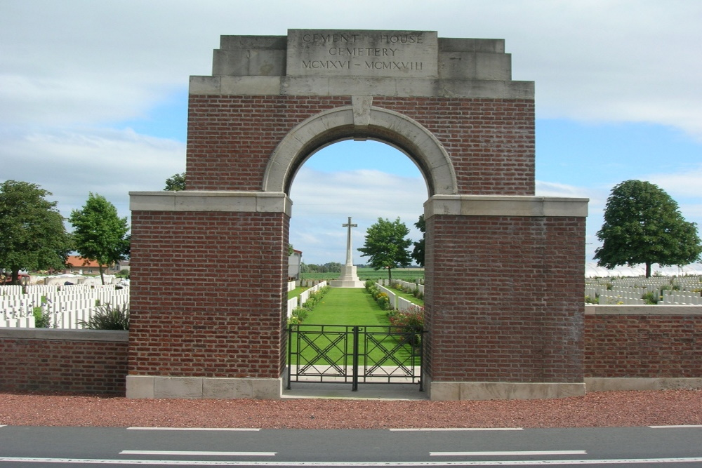 Commonwealth War Cemetery Cement House