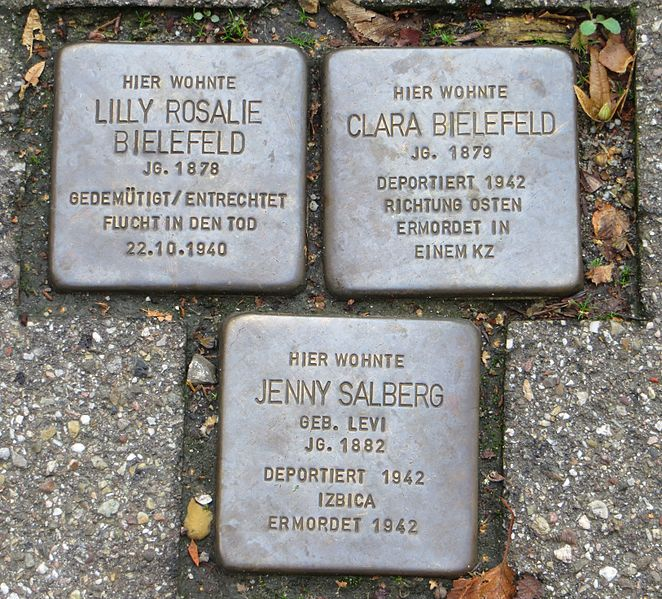 Stumbling Stones Fremersbergstraße 41