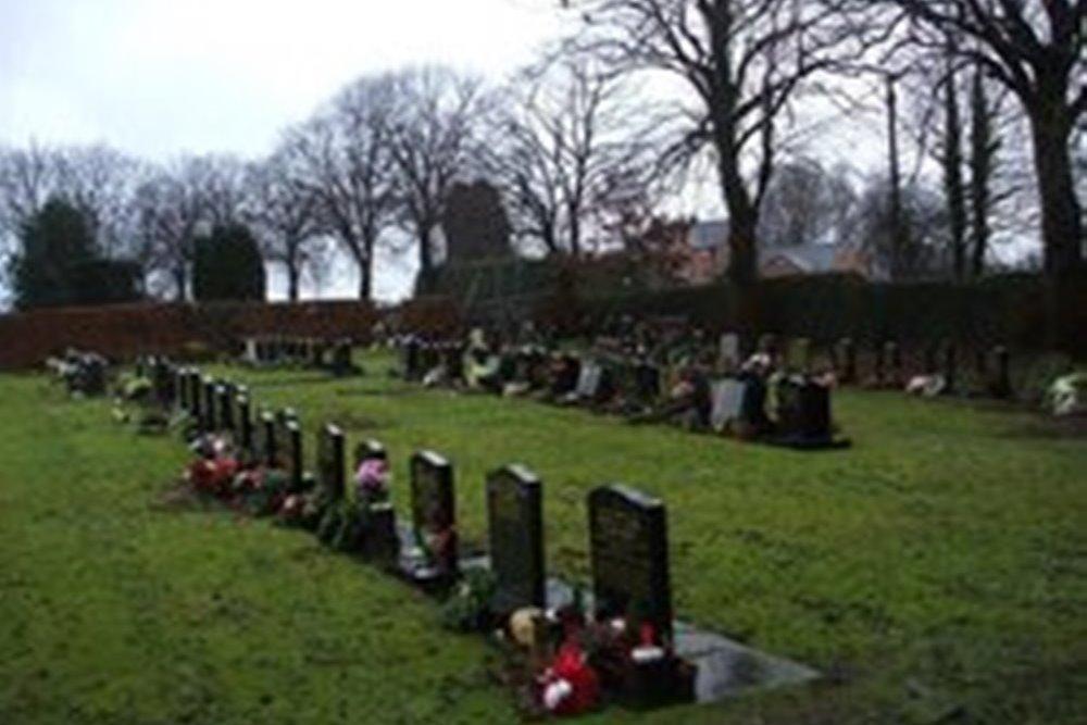 Oorlogsgraven van het Gemenebest Forsbrook Cemetery