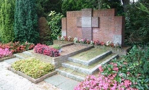 Dutch War Grave Oostvoorne