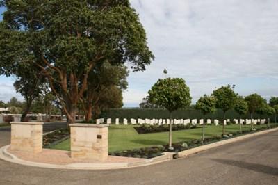 Commonwealth War Graves Centennial Park Cemetery