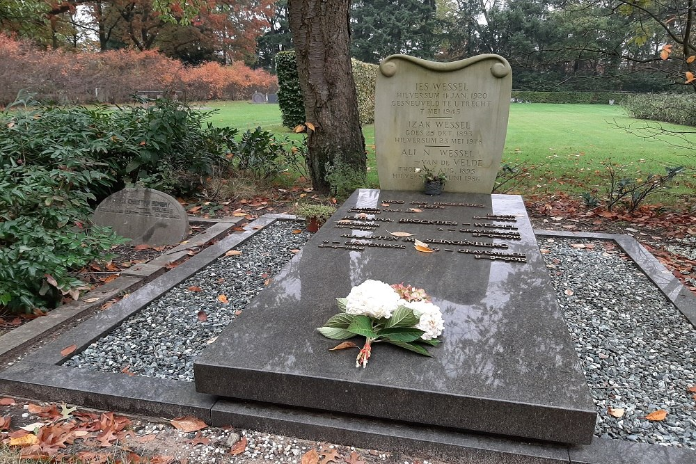 Nederlandse Oorlogsgraven Noorderbegraafplaats Hilversum