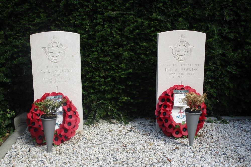 Commonwealth War Graves Communal Cemetery Spijkenisse