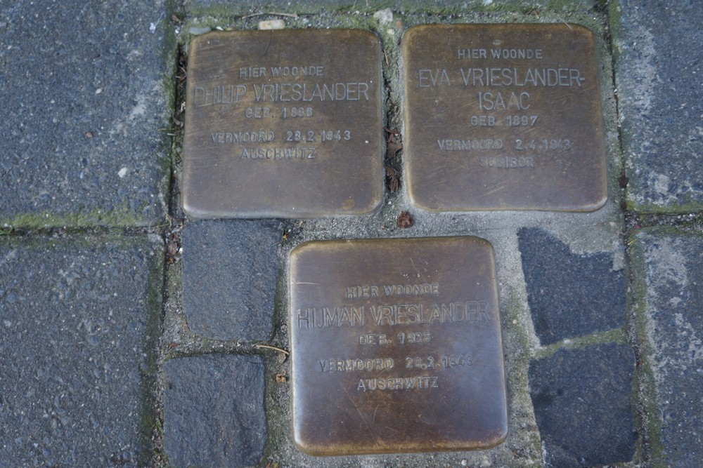 Stumbling Stones Van Hattumstraat 1a