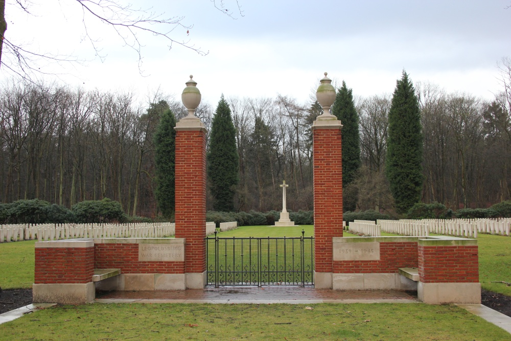 Oorlogsbegraafplaats van het Gemenebest Leopoldsburg