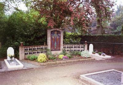 Nederlandse Oorlogsgraven Rooms Katholieke Begraafplaats Baarlo