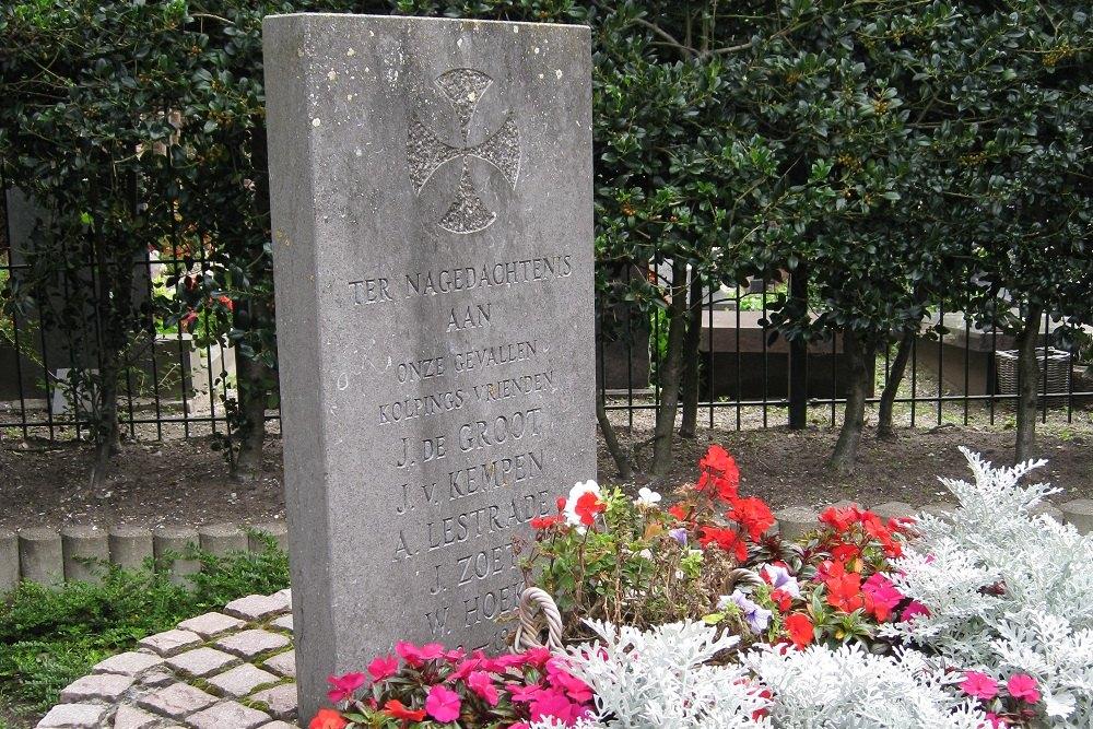 Monument Gevallenen RK Kerk Bartholomeus Voorhout