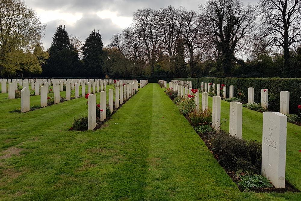 Greek War Grave Oxford-Botley