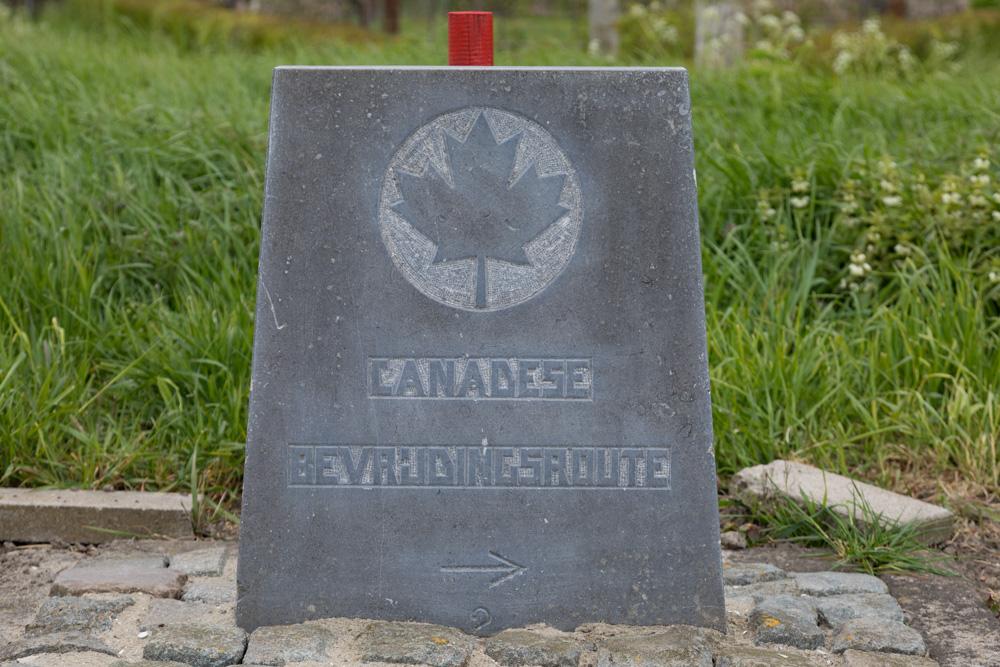 Wegmarkering nr. 2 Canadese Bevrijdingsroute