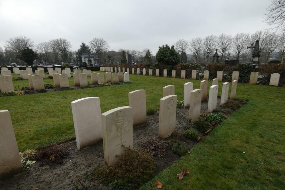 Commonwealth War Graves Charleroi
