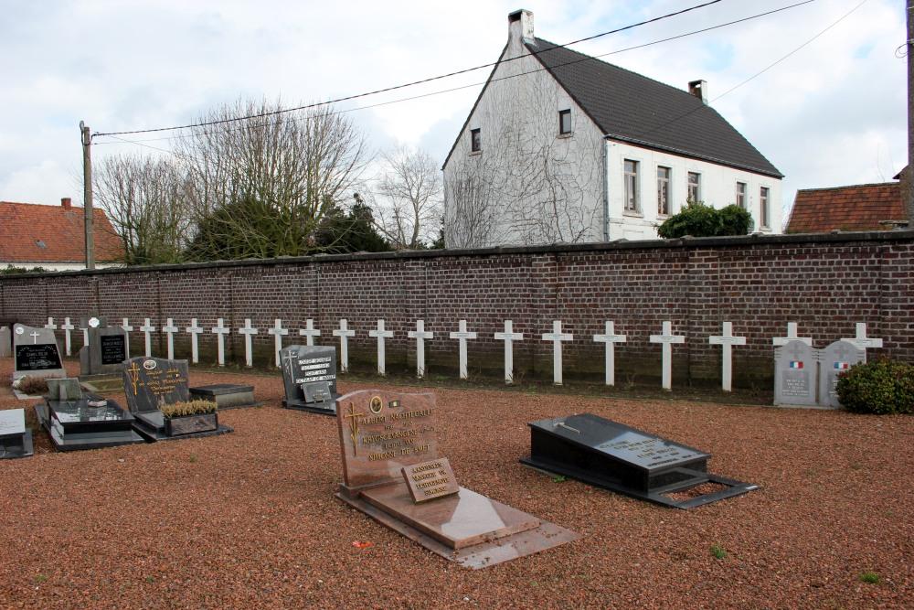 Franse Oorlogsgraven Olsene - Olsene (Zulte) - TracesOfWar.nl