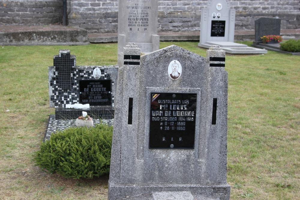 Veteran War Graves Semmerzake