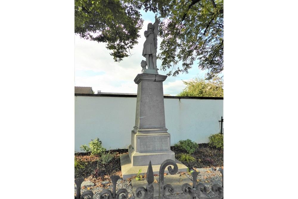 War Memorial Léglise