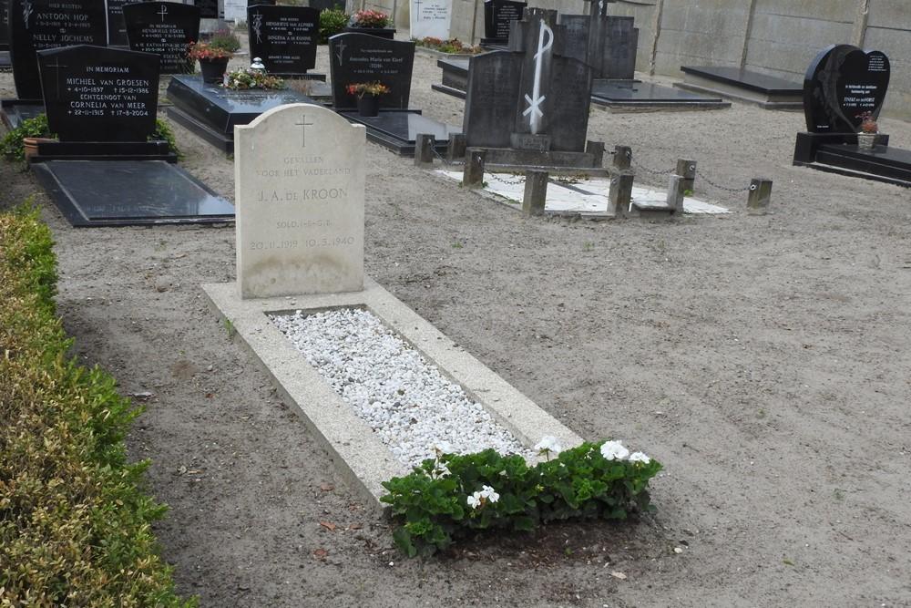 Nederlandse Oorlogsgraven Rooms Katholieke Begraafplaats Wagenberg