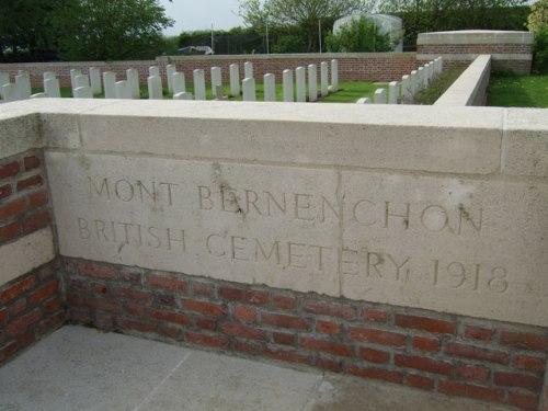 Oorlogsbegraafplaats van het Gemenebest Mont-Bernanchon