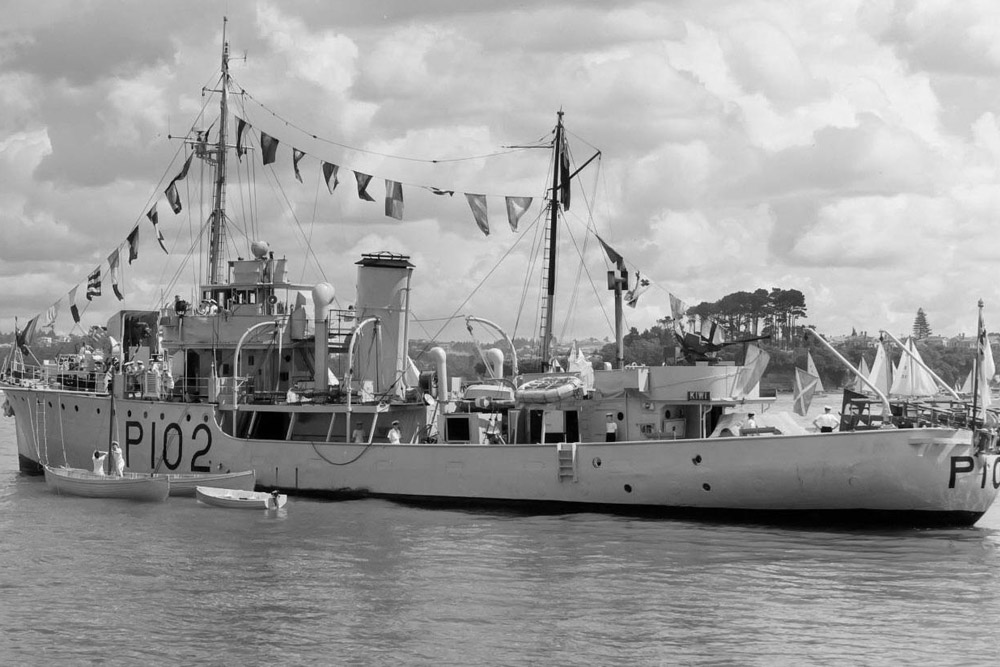 Shipwreck HMNZS Moa (T233)