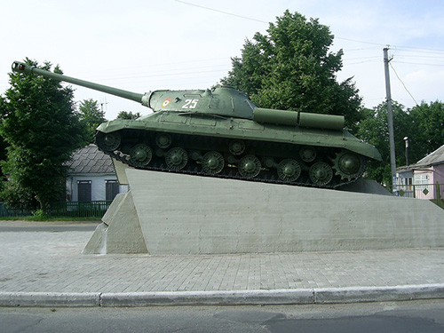 Monument 25e Tankkorps (IS-3 Tank)
