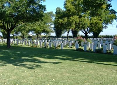 Commonwealth War Cemetery Ravenna